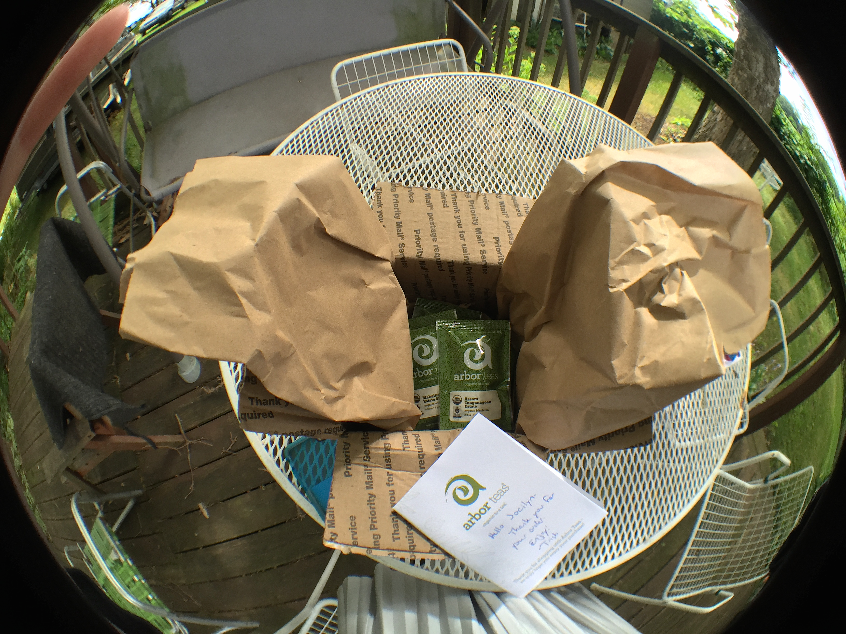 Unboxing Arbor Teas Fisheye by Jocilyn Mors is licensed under a Creative Commons Attribution-ShareAlike 4.0 International License.