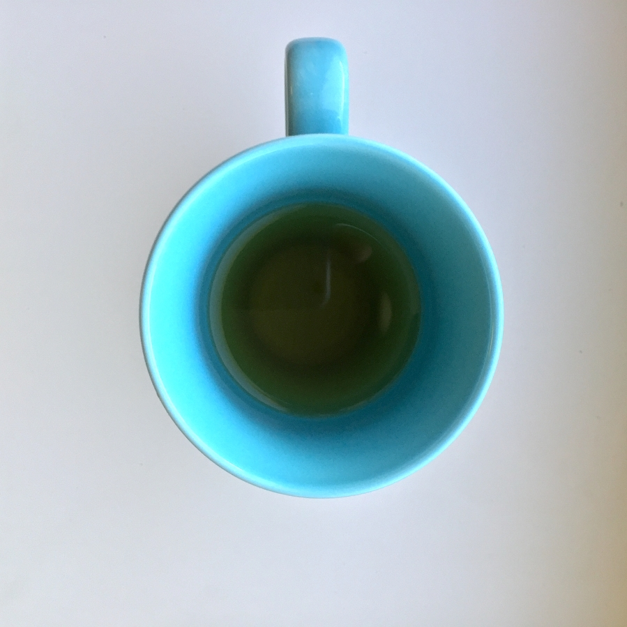 Wadmalaw Island Green (Charleston Tea Planation) ~ liquor A by Jocilyn Mors is licensed under a Creative Commons Attribution-ShareAlike 4.0 International License.